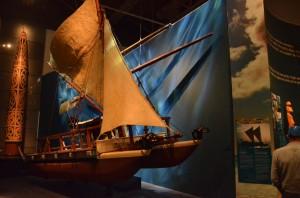 WAKA HOUROUA ou canoë de navigation